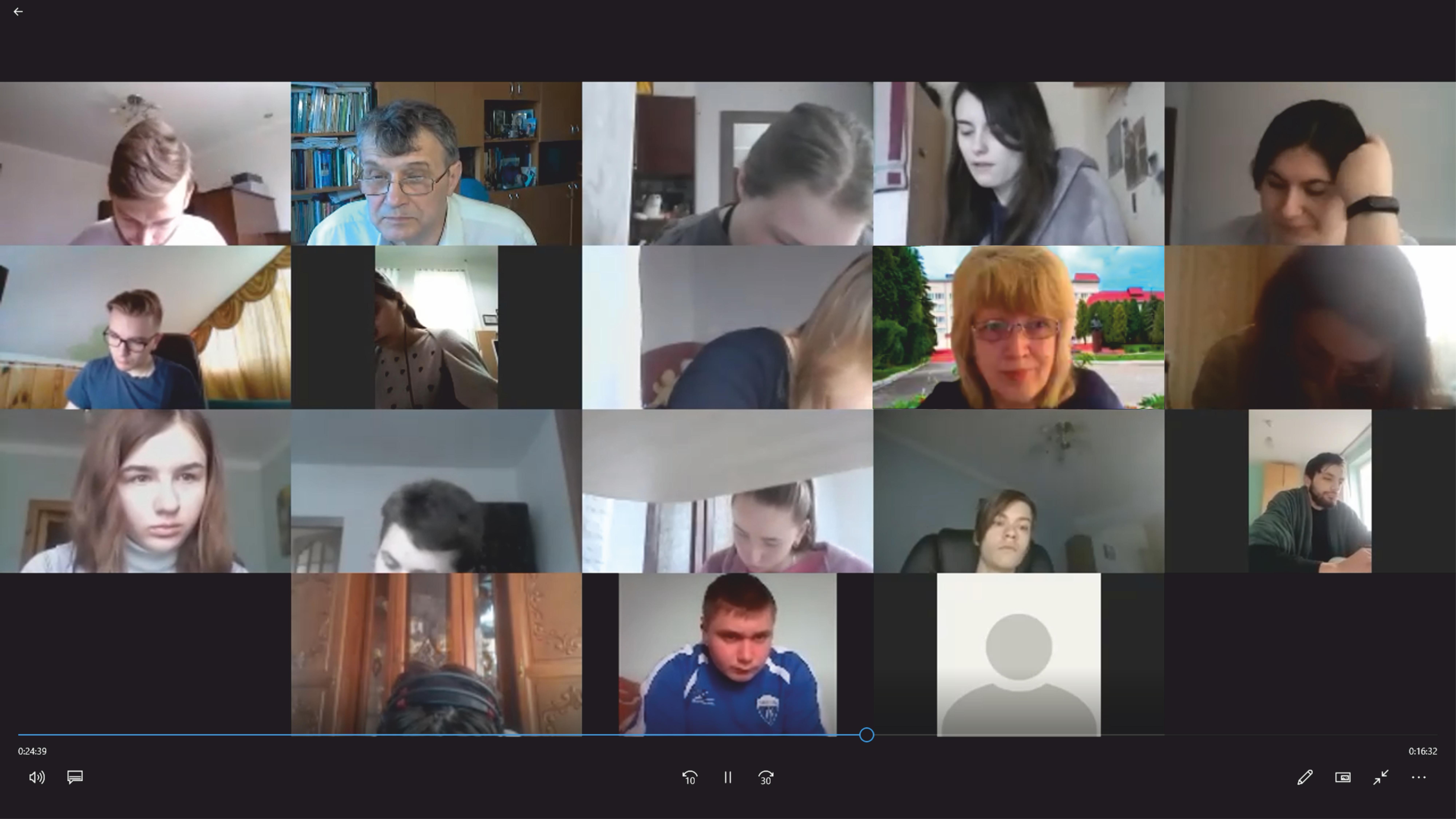 (Українська) Апробація електронного курсу «Математичне моделювання (DeDiMaMo)»